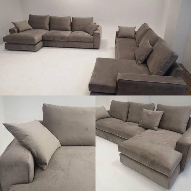 Theodora. Goose down for the cushions of this sofa set. 100% custom made by Gi.otto living sofa. #customsofa #sofaset #stileitaliano🇮🇹 #luxoryhomes